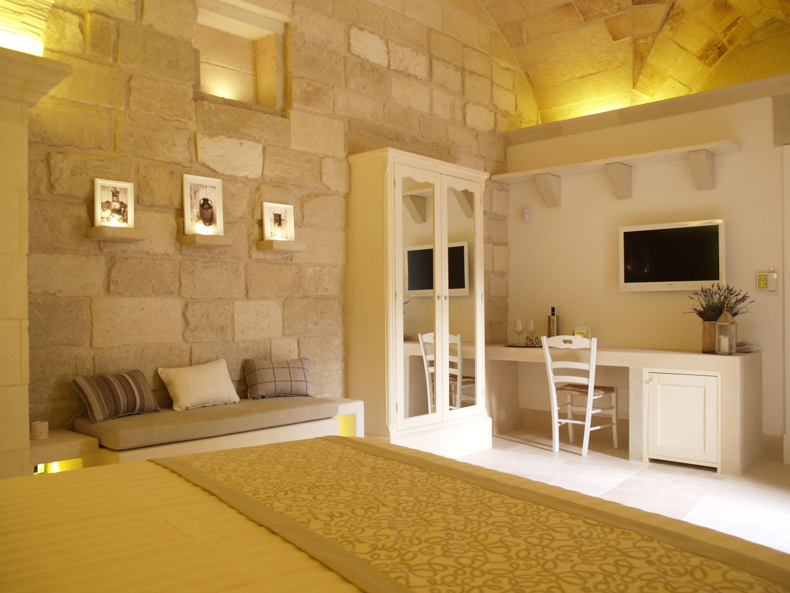 Bagno In Pietra Leccese : Nel salento albergo tutto in pietra leccese corriere salentino