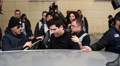 Lecce, catturato ergastolano in fuga Era nascosto dai parenti con un kalashnikov