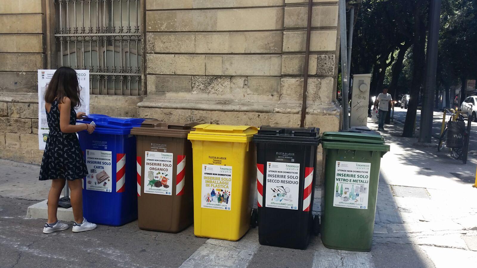 Container Ufficio Usati A Lecce : Raccolta differenziata anche indumenti e accessori usati saranno