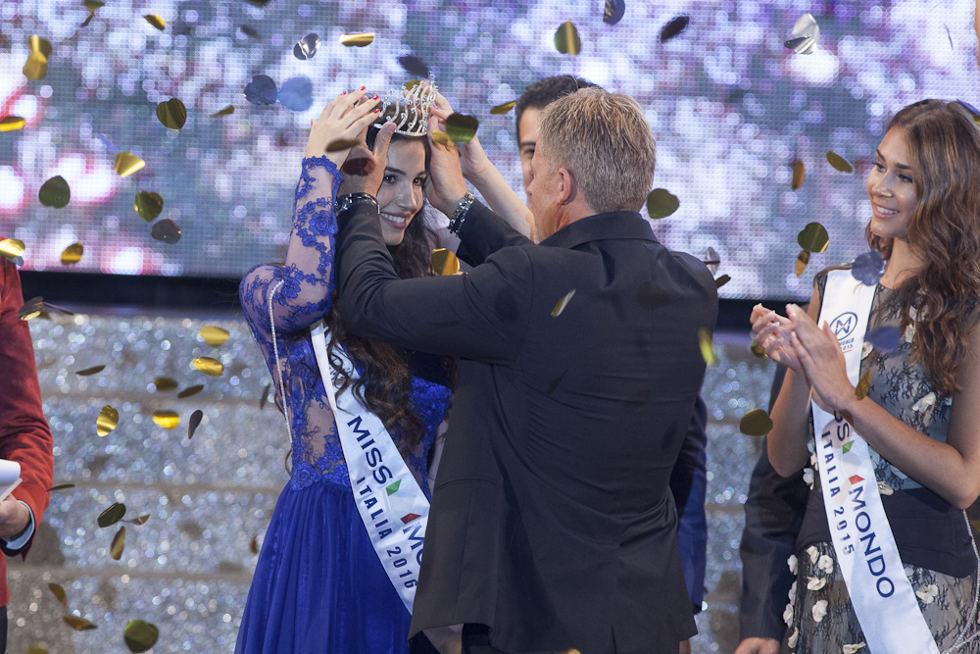 La calabrese Giada Tropea finalista italiana di Miss Word