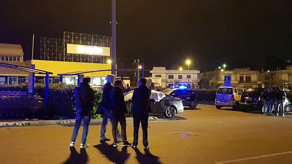 Omicidio a Casarano: un uomo freddato nel parcheggio di un supermercato
