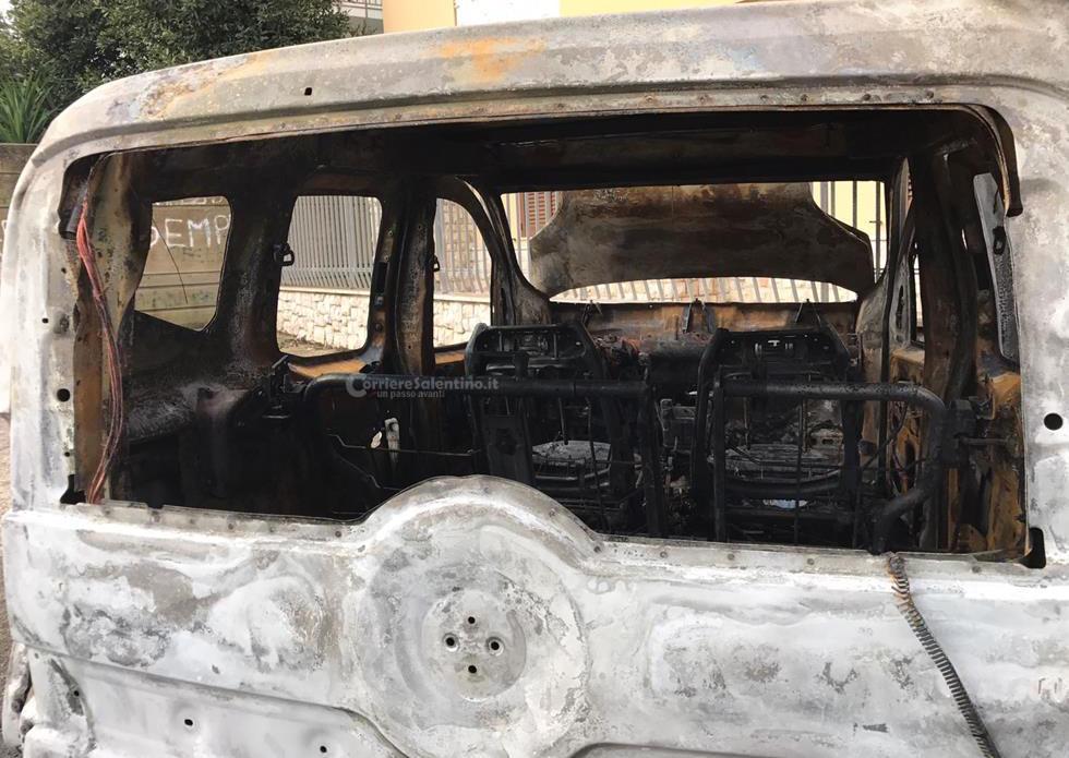 Paura a Bellinzago, fiamme in un'abitazione di via Libertà