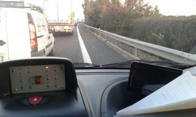 Brindisi, fallisce assalto ad un camion portavalori: banditi in fuga