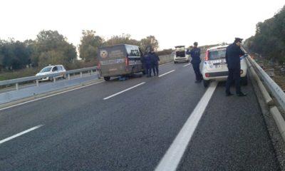 Fallito assalto ad un furgone portavalori sulla supestrada Lecce-Brindisi