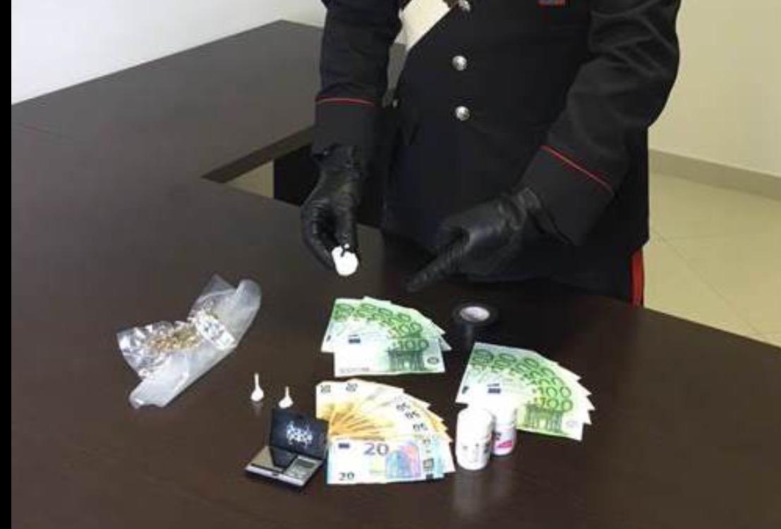 Sorpresi con la cocaina in casa: arrestata coppia di Rossano