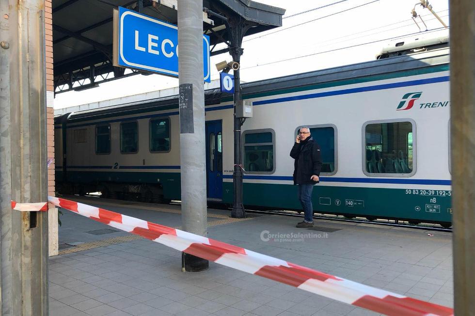 Tragedia a Lecce, uomo investito sui binari