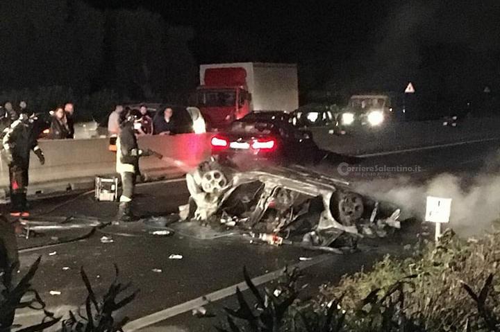 Auto si schianta contro un trattore sulla Brindisi-San Vito: un ferito