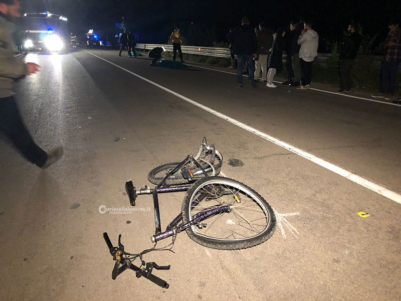 Incidente tra moto e bici, due morti un 28enne e un 46enne