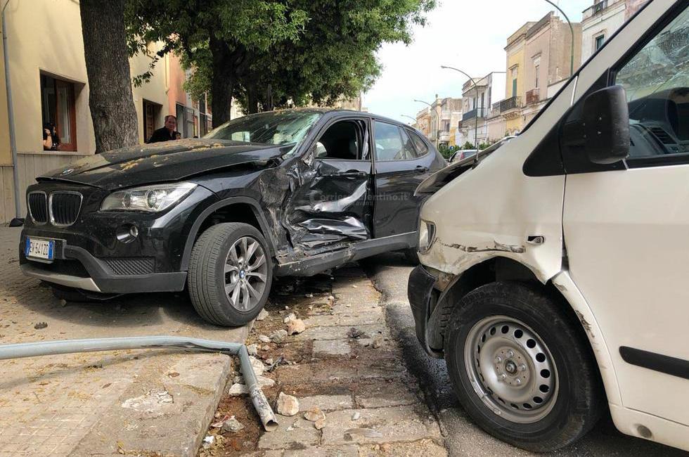 Tragedia a Copertino, perde la vita con il suo furgone giovane elettricista