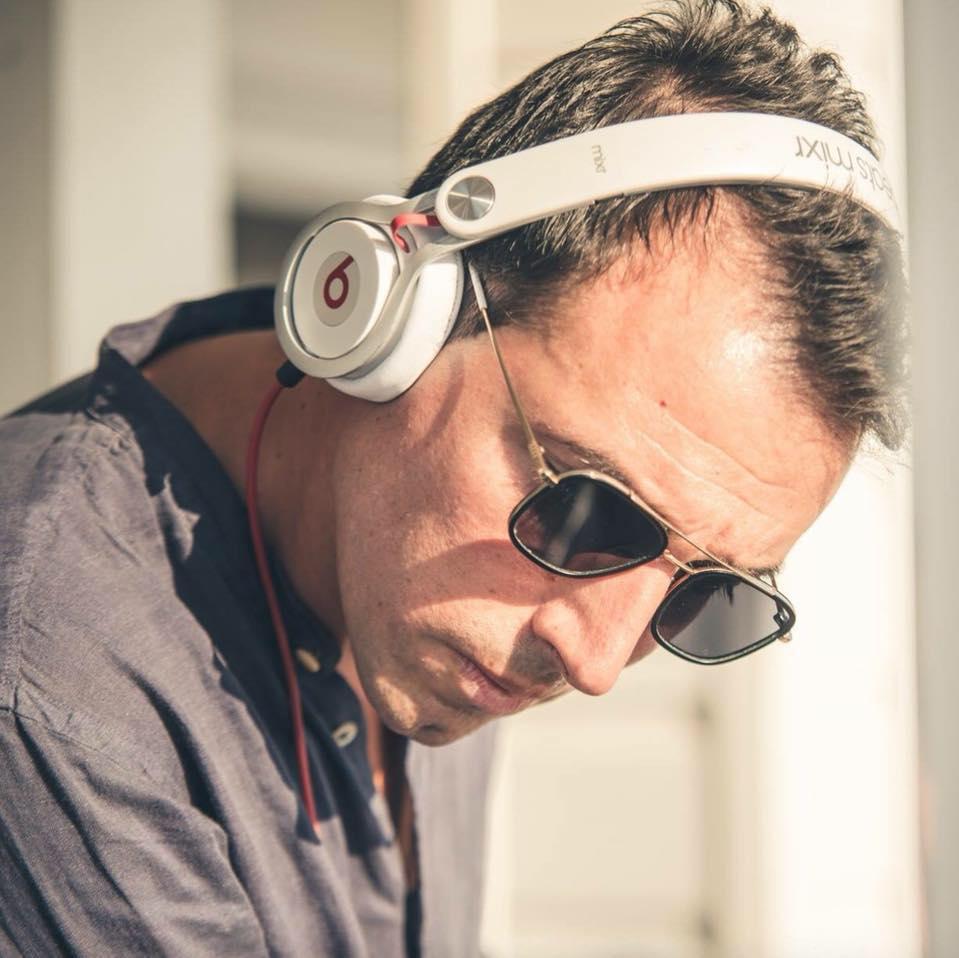 Addio a 39 anni al dj delle disco Osvaldo Dell'Anna