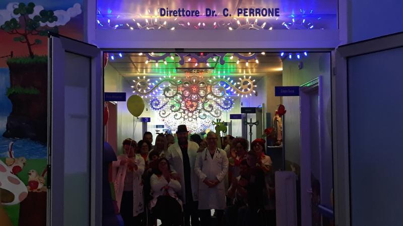 Ospedale di scorrano in pediatria le luci e i colori della festa