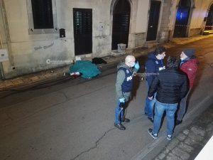 Femminicidio in un paese: donna ammazzata a coltellate, si cerca l'ex compagno - Corriere Salentino